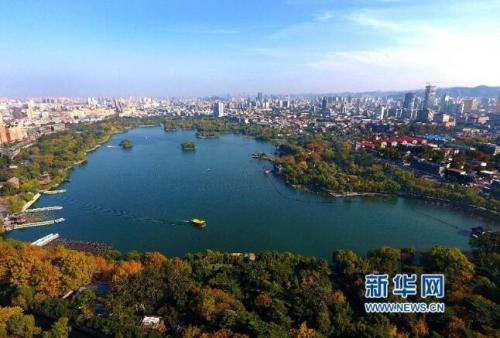 大明湖怎么会结冰?