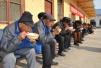 听戏曲、吃饺子 周口太康敬老院的老人像过年