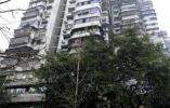 24层高楼没电梯 居民每天爬到腿软