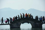 古代人真会玩!马可波罗一日游 西湖还可以这样逛?