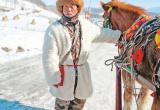 吉林雪乡旅游:有老板仨月赚9万多 人和马都累坏了