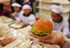 机器人加州快餐店做汉堡 每小时烤150个肉饼