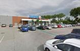 突发!法国一家超市内发生人质劫持事件 男子称效忠IS