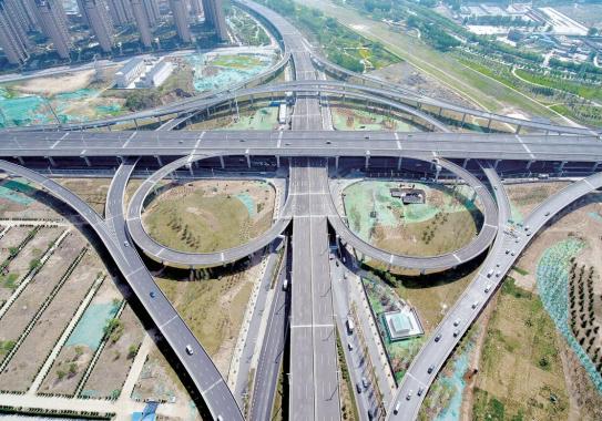 """?郑州农业路高架""""牵手""""京广快速路可通南北"""
