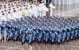 大连舰艇学院举行庆祝海军节阅兵活动(组图)