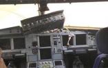 世界级备降!川航迫降客机副驾身体飞出一半
