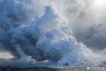 """夏威夷火山熔岩入海 可产生有毒""""熔岩烟雾"""""""