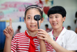 青少年视力健康遭威胁 各国为完善