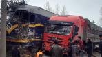 漯阜铁路一列火车怼上货车 被撞出轨