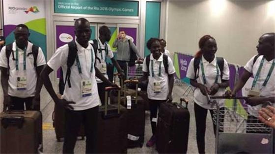 难民代表队即将入场 成为里约奥运会一大亮点