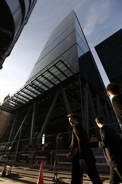 """又见实力中国买家:85亿买下伦敦地标""""奶酪刨""""大厦"""
