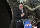 宇航员送入月球轨道