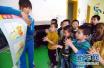 综述:世卫组织称赞中国方案为全民健康覆盖提供路线图
