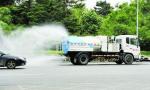 哈市街路清扫延长保洁时间 千台洒水车洒扫除尘