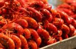 南京商家掘金世界杯 有店家15分钟卖了100万只小龙虾