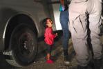 """特朗普叫停""""拆散""""非法移民父母子女"""