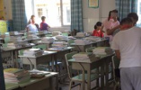 教师调整引不满致一班级小学生缺席六成,余杭教育局:在沟通