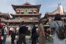 真实的横店:一个真实的中国影视圈