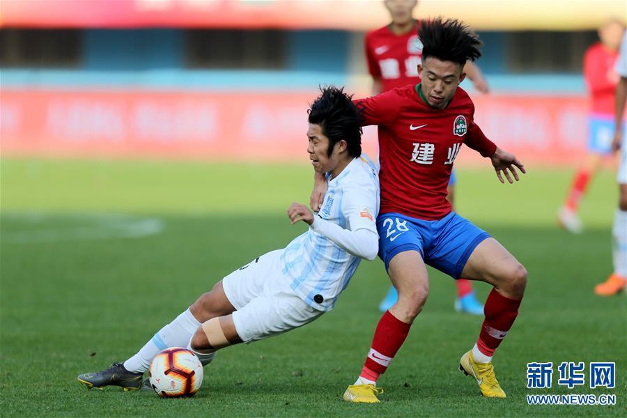 (体育)(4)足球——中超:河南建业胜广州富力