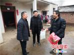 鲁山县张良镇:驻村工作队再拨10万资金助脱贫