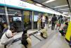 """北京地铁4号线出故障乘客车厢内被困1小时 """"感觉要缺氧了"""""""