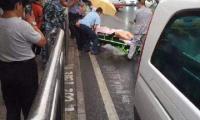 北京公交站台发生凶案:凶手逃逸致两死一伤