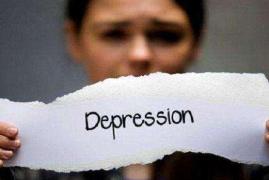 女孩疑似抑郁症跳楼身亡