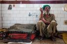 实拍:印度城市吸毒者