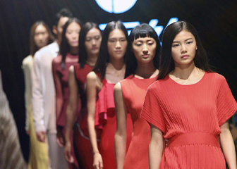 """恒天""""元丝""""19S/S针织服装流行趋势发布"""