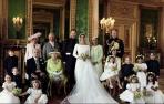 英国皇室发布官方全家福