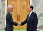 金永南会见联合国负责人道主义事务的副秘书长