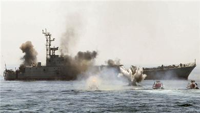 伊朗举行大规模军事演习