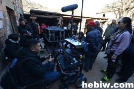 电影《镇龙传说》在淇县大石岩村开拍 香港功夫演员梁家仁主演