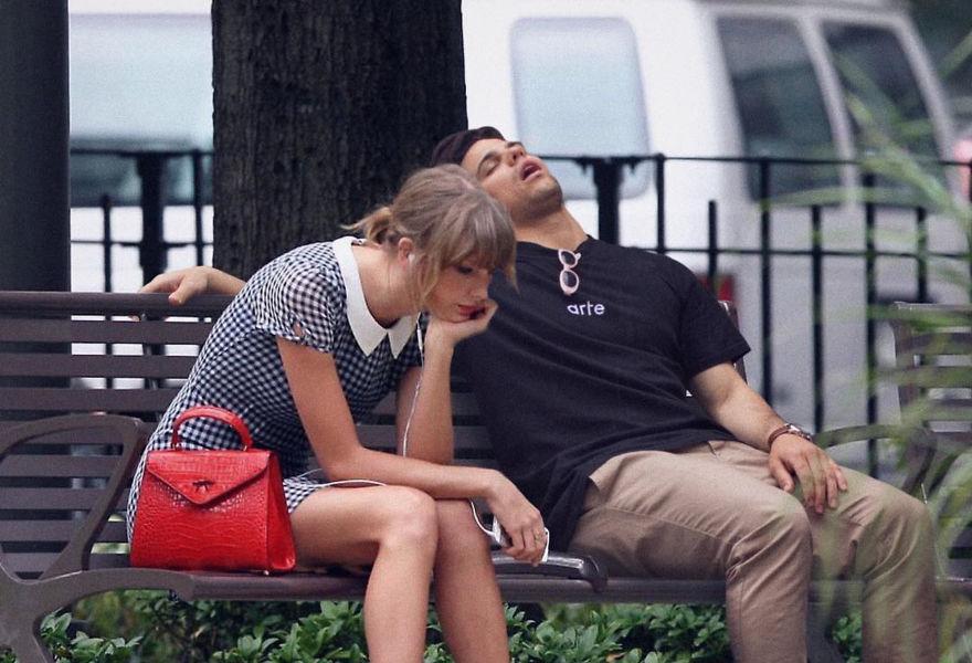 """这家伙""""美梦成真""""了:与这么多名人一起睡"""