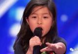 """这高音!这口才!9岁""""小邓紫棋""""一开口:震惊美国达人秀"""