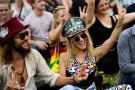 疯狂一夏!世界最大规模草地音乐节开幕