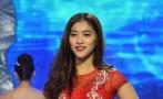 中国选手展示晚礼服