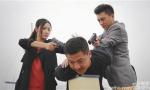 《守卫者》导演回应质疑:靳东80%打戏亲自上