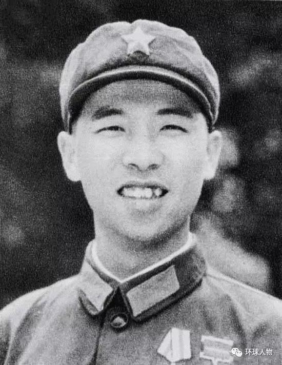 中央军委联合参谋部新参谋长李作成:战场上曾被子弹打