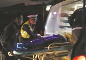 车门没关好致妻子高速坠车遭碾压 镇江民警火速救援