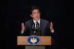 日本朝野各党党首放假 安倍打高尔夫放松心情