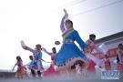 农村舞台闹新春
