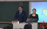 这场考前party看哭了 哈尔滨夫妻档教师爆红网络