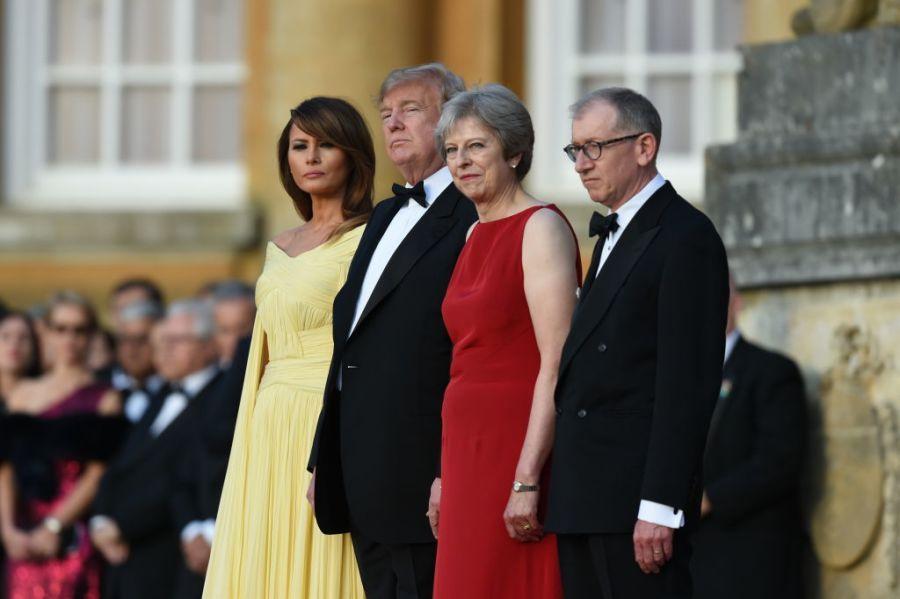 特朗普英国行:先见梅姨 再和伊丽莎白女王一起喝茶