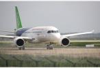 中国大飞机公司五度亮相范堡罗航展 ARJ21新签20架订单