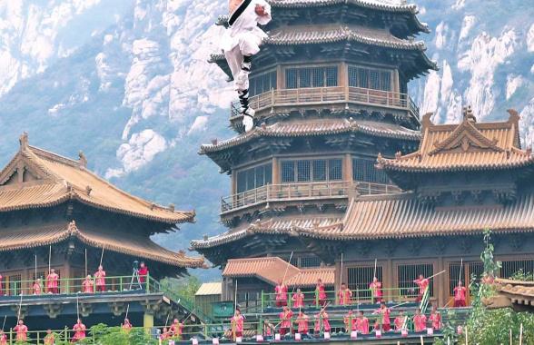 少林武术节开幕 海内外群雄战嵩山