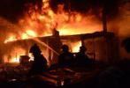 孟加拉国首都火灾69人死亡 中使馆:暂未发现中国公民伤亡