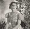 英国女王年轻旧照:绝对是个一等一的大美女