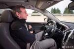 凯迪拉克自动驾驶广告宣传双手放把 专家:涉虚假宣传