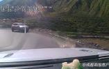 4女孩自驾甘孜途中越野车坠江 警方:确认2人身亡